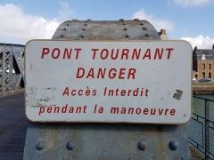 Pont Colbert - Français:   Panneau \