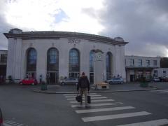 Gare des Chantiers -  Façade de la gare de Versailles Chantiers (Yvelines).