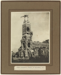 Basilique de Notre-Dame-de-Brébières - English: Official Photo no.E2067, AWM exhibition no.33 1917 Tasmanian Archives and Heritage Office: W.L. Crowther Library  Images from the TAHO collection that are part of The Commons have 'no known copyright restrictions', which means TAHO is unaware of any current copyright restrictions on these works. This can be because the term of copyright for these works may have expired or that the copyright was held and waived by TAHO. The material may be freely used provided TAHO is acknowledged; however TAHO does not endorse any inappropriate or derogatory use.