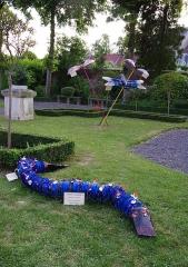 Musée Lombart -  Doullens (Somme, France) -   «Nuit européenne des Musées» au Musée Lombart.   Exposition dans le jardin du musée de réalisations