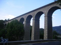 Pont-aqueduc de Galas (ouvrage d'art du canal de Carpentras) -  Fontaine-de-Vaucluse