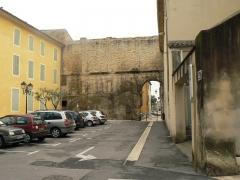 Ilot Pontillac -  Muro Oeste del Foro Romano de Orange