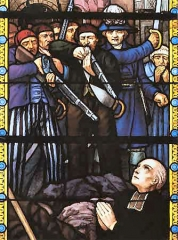 Eglise Notre-Dame de la Nativité - English: Stained glass window of the church in Chambretaud, presenting the assassination of abbot François Nicolas by the French republican soldiers