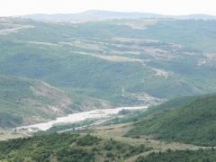 "Ancienne distillerie-usine de mise en bouteille dite ""usine Clacquesin"" - English: Akhsu-chay, Akhsu distrit. Azerbaijan."