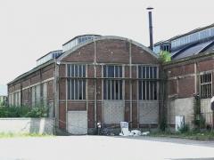 Anciens ateliers de réparation SNCF de La Plaine - Français:   L\'un des deux halls sauvegardés du Dépôt de La Plaine