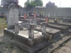 Cimetière musulman - Français:   Tombe du cimetière musulman de Bobigny.
