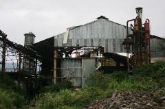 Cheminée dite de Beaufonds - Français:   Les ruines de l\'usine de Beaufonds, à Saint-Benoît de la Réunion