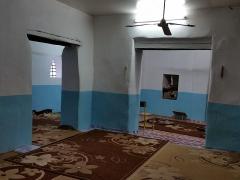 Mosquée du 16e siècle - Français:   Intérieur de la mosquée de Tsingoni (Mayotte), secteur le plus ancien, aujourd\'hui absorbé au sein des extensions sucessives.