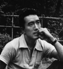 Eglise -  Japanese Author Yukio Mishima (三島由紀夫)