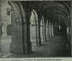 Abbaye Saint-Martin-ès-Aires - Français:   cloitre de Abbaye Saint-Martin-ès-Aires