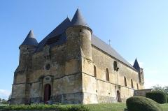 Eglise - Nederlands: Fortkerk van Saint-Juvin (Frankrijk)