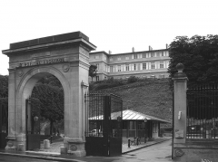 Hôpital Esquirol (ancien asile de Charenton) - Deutsch: Eingangstor des Hopital Esquirol, Saint-Maurice, Val-de-Marne, Frankreich