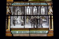 Eglise Notre-Dame-des-Vertus - Deutsch: Bleiglasfenster (Ausschnitt) in der katholischen Pfarrkirche Notre-Dame-des-Vertus in Aubervilliers