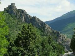 Fortifications et citadelle - Entrevaux - La barre rocheuse avec la citadelle