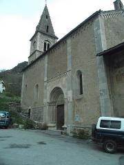 Eglise Saint-Apollinaire -  L'Argentiere-la-Bessee. Eglise St. Apollinaire