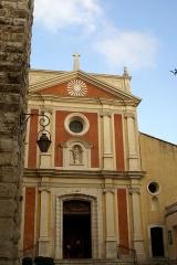 Eglise paroissiale, chapelle Saint-Esprit et tour Grimaldi - English: Antibes - Rue Christian Chessel - View ESE on Cathédrale Notre Dame de l'Immaculée-Conception