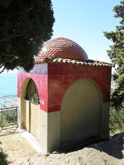 Domaine des Colombières - English: Mausoleum of the domaine des Colombières (Alpes-Maritimes, France).