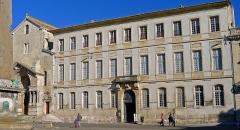 Archevêché - Palais archiépiscopal, place de la République - Arles (France)