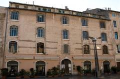 Arsenal des Galères , actuellement entrepôt - English: Building at the Cours Honoré-d'Estienne-d'Orves in Marseille, Bouches-du-Rhône (France).