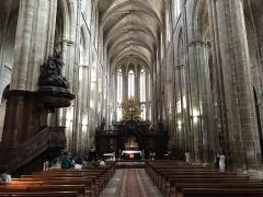 Basilique Sainte-Marie-Madeleine - English: Interieur van de gotische basiliek van Maria Magdalena in Saint Maximin, Zuid Frankrijk