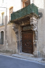 Maison à cariatides - Français:   Porte de la maison aux cariatides de Carpentras