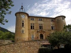 Château de Rustrel -  Luberon Rustrel Chateau 10072013