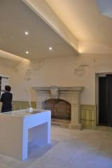 Château de Saumane-de-Vaucluse - Château de Saumane chapelle, douves, escalier, voûte, salle, salon, élévation, toiture, décor intérieur