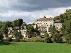 Château d'Aucors - Français:   Le château d\'Aucors, commune déléguée de Beaussac, commune nouvelle de Mareuil en Périgord, Dordogne, France.