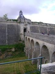 Citadelle de Blaye - Français:   Citadelle de Blaye, Gironde. La porte Dauphine à l\'extérieur de la citadelle.