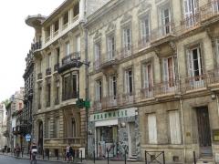 Maison dite Maison Frugès - English: Hôtel Frugès ou Maison Frugès, 63 place des Martyrs de la Résistance, Bordeaux, France, July 2014