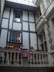 Hôtel de Belzunce - English: Belzunce house in Bayonne (Pyrénées-Atlantiques, Aquitaine, France).