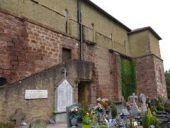 Eglise de l'Assomption - English: South side of the church Notre-Dame-de-l'Assomption in Bidarray (Pyrénées-Atlantiques, France).