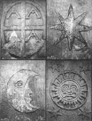 Croix de l'ancien cimetière - English:   This picture will be used to explain what the alchemy symbols look like on the Cross of Hendaye