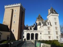 Domaine national du château de Pau ou château Henri IV - English: Pau Castle