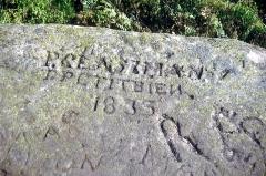 Sommet et musée du Donon - Deutsch: Inschrift von 1833 auf dem Donon