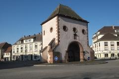 Porte de Wissembourg - Deutsch: Weißenburger Tor in Hagenau im Département Bas-Rhin (Elsass) in der Region Grand Est/Frankreich