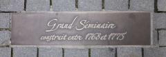 Grand Séminaire - Deutsch: Straßburg, Bodenplatte vor dem Großen Seminar.