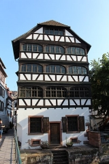 Maison - Français:   Maison, 40 rue du Bain aux Plantes, Strasbourg.