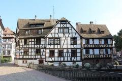 Immeuble - Français:   Immeuble, 1 quai des Moulins, Strasbourg.
