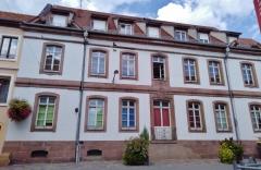 Ancien hôtel particulier daté de 1764 - Français:   Ancien hôtel particulier daté de 1764 situé 16 Rue de la Première Armée Française (anciennement Grand-Rue) à Ensisheim