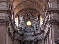 Abbaye - Alsace, Haut-Rhin, Église abbatiale Notre-Dame de Guebwiller (1768-1785), place Jeanne-d'Arc (PA00085438, IA00054832). Sculpture monumentale du chœur (XVIIIe).