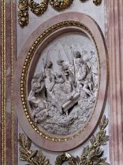 Abbaye - Alsace, Haut-Rhin, Église abbatiale Notre-Dame de Guebwiller (1768-1785), place Jeanne-d'Arc (PA00085438, IA00054832). Bas-relief du chœur