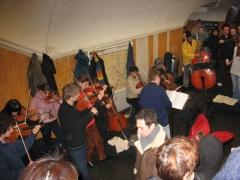 Métropolitain, station Châtelet - English:  Orchestra in the Paris Metro