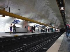 Métropolitain, station Châtelet -  Station Chatelet, de la ligne 1 du métro de Paris, France.