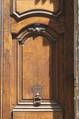 Hôtel d'Almeyras (ancien hôtel de Fourcy) - Deutsch: Hôtel d'Almeyras in der Rue des Francs-Bourgeois Nr. 30 im 3. Arrondissement in Paris (Île-de-France/Frankreich), Tür mit Türklopfer