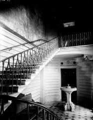 Ancien hôtel de Bonneval - Deutsch: Treppenhaus im Hôtel de Bonneval in Paris, Rue du Parc-Royal  Nr. 14/16