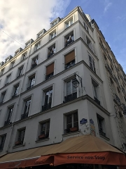 Immeuble - English: 145 rue Saint Martin, Rambuteau, 1874