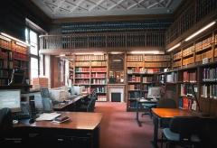 Pavillon de l'Arsenal, actuellement bibliothèque de l'Arsenal -  France, Paris: Bibliothèque de l\'Arsenal, salle de recherches bibliographiques