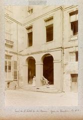 Ancien hôtel dit Hôtel Le Charron ou de Vitry - English: Planche n 14 de l'album.