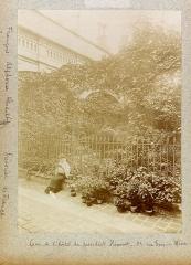 Hôtel du Président Hénault (ou Hainault) de Cantorbe - English: Planche n 27 de l'album.